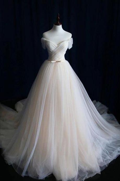 Long Wedding Dress, Tulle Wedding Dress, Sweet Heart Wedding Dress, Charming Bridal Dress with Train, LB0035